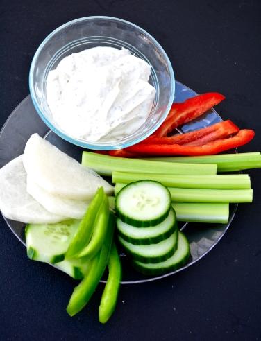 Low potassium vegetables,, low sodium diet, low potassium, kidney diet, renal diet, renal snacks, snacks for kidney disease, low sodium, dip for kidney disease, ranch dip for kidney disease