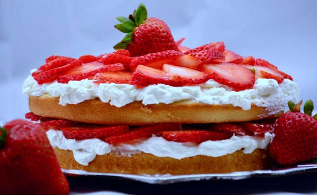 Strawberry Shortcake (Bars)
